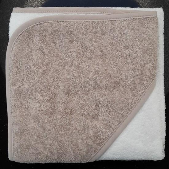 Taupe badcape witte handdoek met taupe kap 39 t naai en borduurkamertje - Witte kamer en taupe ...